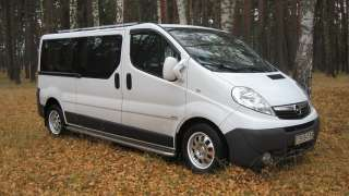 Продаю авто Opel Vivaro White dragon 2.0