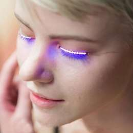 Светящиеся ресницы Led Lashes - яркая подсветка для ресниц