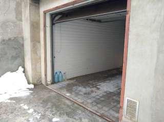 Продам гараж в центре Киева !