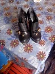 Взуття title=