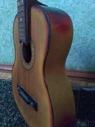 Продам гітару для початківців title=