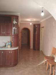 Продам 3-х комнатную квартиру по адресу ул. Оноре Бальзака 77