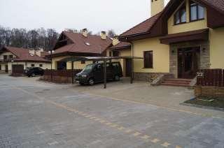 Аренда дома в КГ Севериновка, лучшее расположение в городке, лес. title=