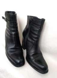 Демисезонные полусапоги,высокие ботинки (41 р.)_кожа_Carmens (Италия) title=
