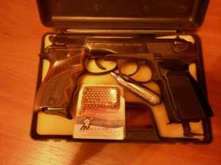 Продам стартовый пистолет AKREP 2004-MAGNUM и газобаллонный MP-654K title=