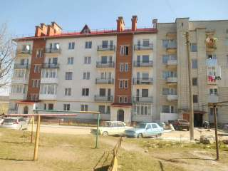 ПРОДАЄТЬСЯ ЦІКАВА квартира в м.Бібрка title=