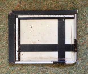Кадрувальна рамка 13х18см для аналогового фотодруку (Польща, 1980-ті) title=