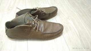 Продам туфлі чоловічі. title=