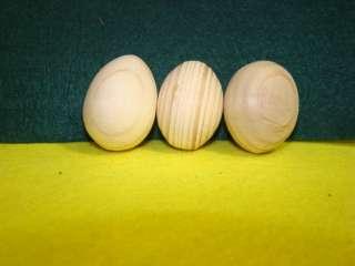 Деревяне яйце на підставці для декупажу