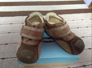 Кожаные ботиночки кроссовки Chicco 22 р 14 см title=