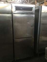 Профессиональный холодильник б/у Kuleg Германия title=