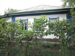 Продам дом, с. Вознесенское, ст. Пальмира, на 2 входа title=