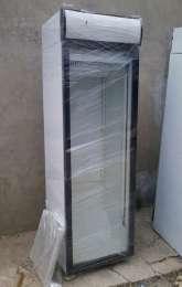 Холодильна шафа б.в вітрина вертикальна 300-1600л недорого в г.Фастів title=