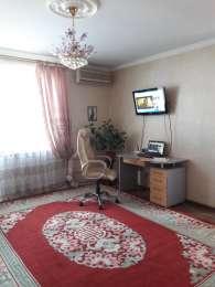 Квартира в новом доме Цветок Молдаванки.Две комнаты.Хороший ремонт. title=