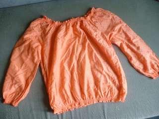 Блуза из натуральной ткани в горошек title=