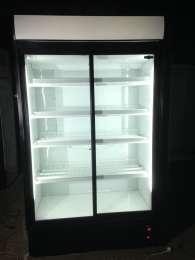 Шкафы холодильные витрины бу под цветы,напитки. Цены снижены в г.Лубны title=