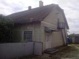 Будинок в селі Шульганівка title=