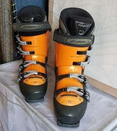 Горнолыжные ботинки 43 размер