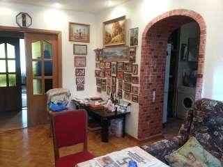 Продам 4-х комнатную квартиру по бул. Тараса Шевченка