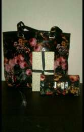 Женская сумка и кошелек Эйвон
