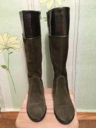 Розкішні замшево-лакові чоботи (сапоги)  title=