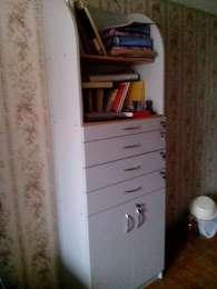 Шкаф для инструментов (в офис, мастерскую).