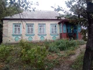 Продам один або два будинки м.Корсунь-Шевченківський. title=