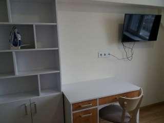 Сдам квартиру- студия возле м. Берестейская.