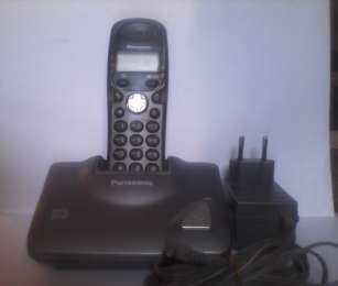 Зарядка и блок питания для радиотелефонов Panasonik+телефон KX-TGA110U