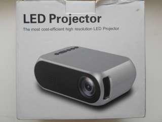 Мультимедийный компактный проектор