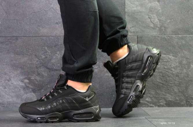 Мужские кроссовки черные Nike 95 7078