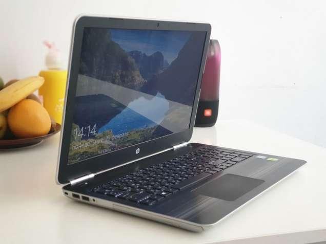 Продам Ноутбук HP Pavilion 15-au002ur Silver