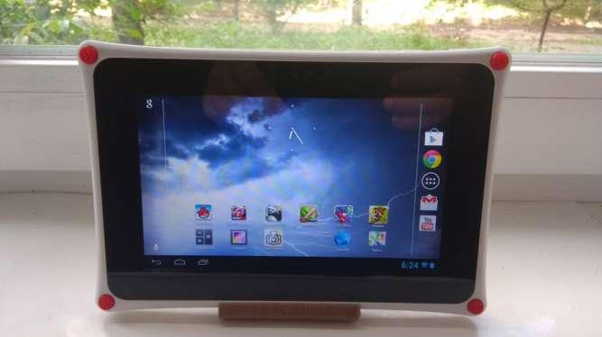 Продам планшет  Nabi 2 NABI2-NV7A! 7'' IPS HDMI!1\8 gb,супер.