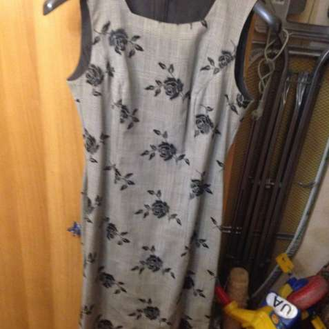 платье серое+пиджак