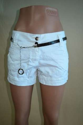 Очень стильные женские шорты bershka белые с поясом,нарядные