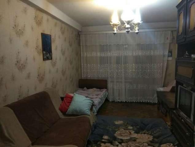 Продаётся двухкомнатная квартира на Шулявке