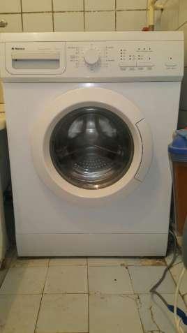 Продам стиральную машину Hansa AWE410L