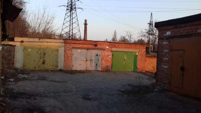 Продам гараж кирпичный, р-н Кирова.