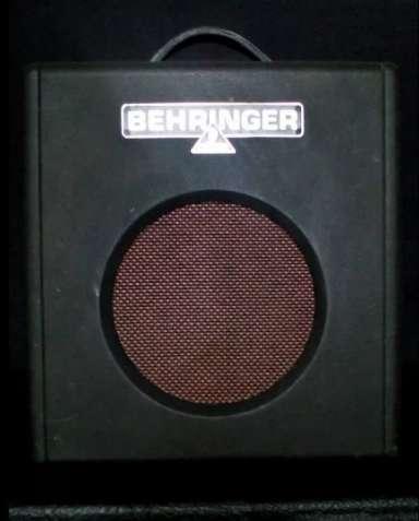 Комбоусилитель Behringer Firebird GX108