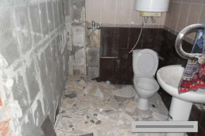 Демонтаж сантехнических кабин(ванная комната) Донецк