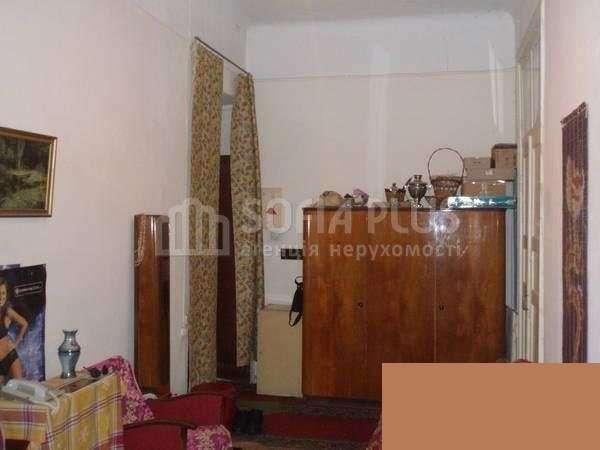 Продаётся трёхкомнатная квартира по улице Сечевых Стрельцов,24б