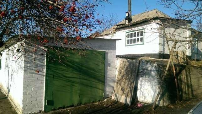 Дом в Днепропетровске, по ул. Кубанская с выходом к воде