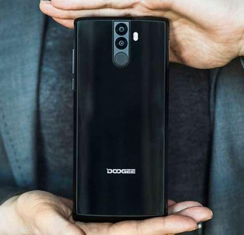 Doogee BL12000 4/32GB Black 12000 мАч