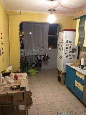Продается 3-х комнатная квартира с ремонтом на Заболотного