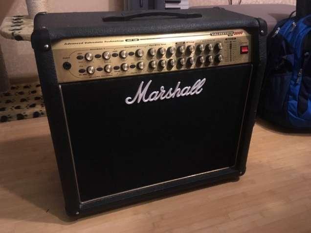 Гитарный усилитель Marshall AVT 150 Valvestate 2000