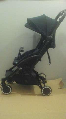Продам детскую прогулочную коляску CAM Cubo