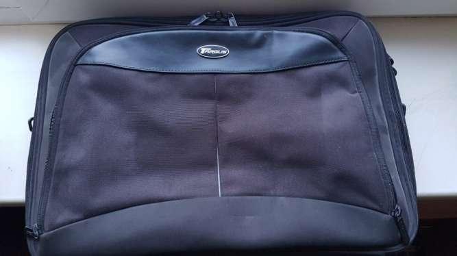 Премиальная неубиваемая сумка для ноутбука Targus CN317 17''