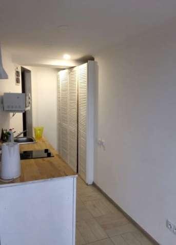 Продам 1-но комнатную с ремонтом на Разумовской