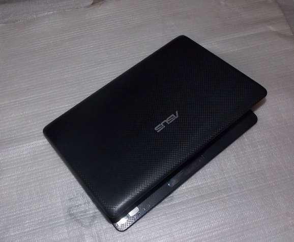 Нетбук Asus EeePC R101D