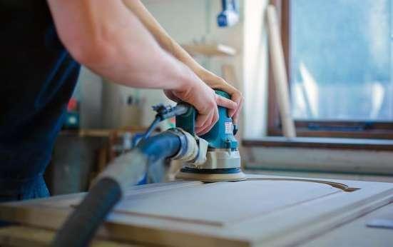 Производственному предприятию требуется полировщик ЗП от 10000-12000
